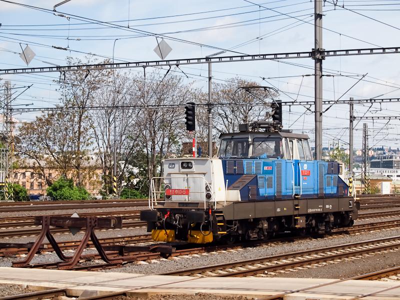 A ČD 111 010-5 Praha h fotó
