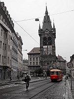 Tatra T3-as villamos Prágában a Jindřišska Ves tornyánál