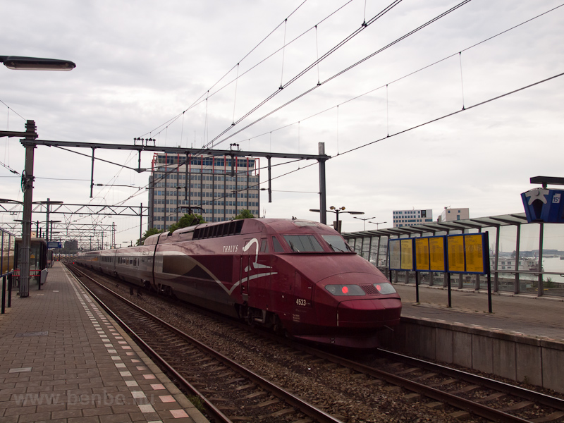 The SNCF PBA Thalys number 4533 seen at Amsterdam Centraal photo