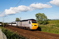 EastCoast IC125 High Speed Train Longniddry �s Prestonpans k�z�tt Edinburgh előv�ros�ban