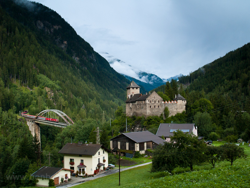 The crown of the Arlbergbahn-Ostrampe: Trisannabrücke and the Wiesberg Castle photo
