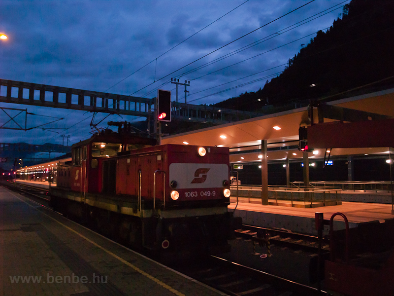 The ÖBB 1063 049-9 seen at  picture