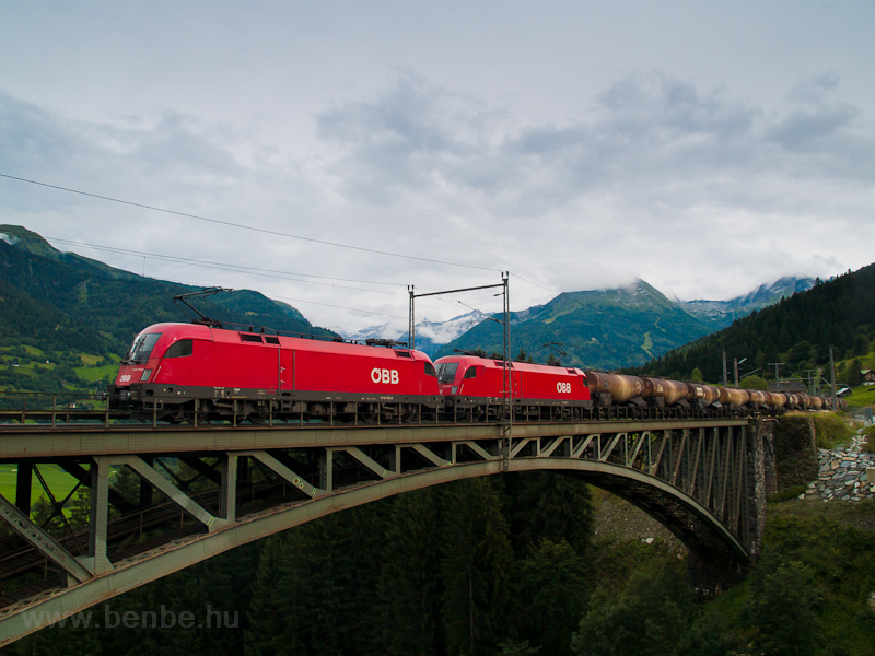 The ÖBB 1116 170-0 seen bet picture