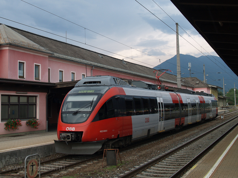 The ÖBB 4023 008-8 seen at  photo
