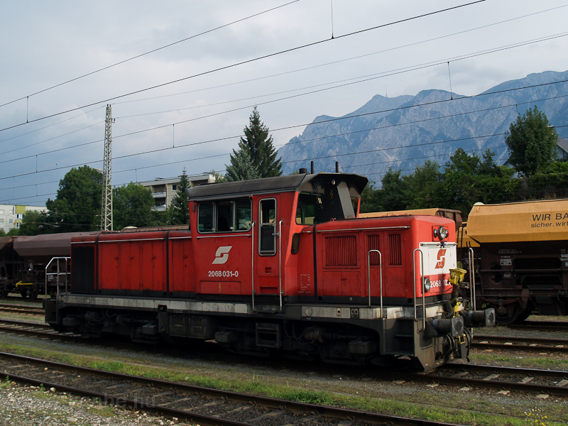 The ÖBB 2068 031-0 seen at  photo