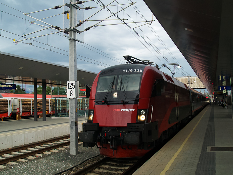 The ÖBB 1116 228 seen at Klagenfurt photo