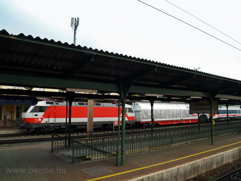 The ÖBB 1014 014-3 seen at  photo