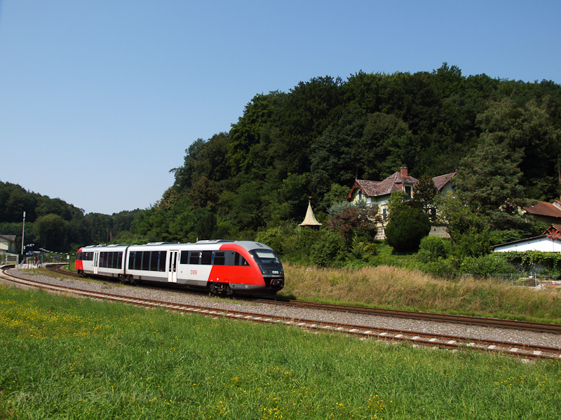 The ÖBB 5022 038-1 seen at  picture