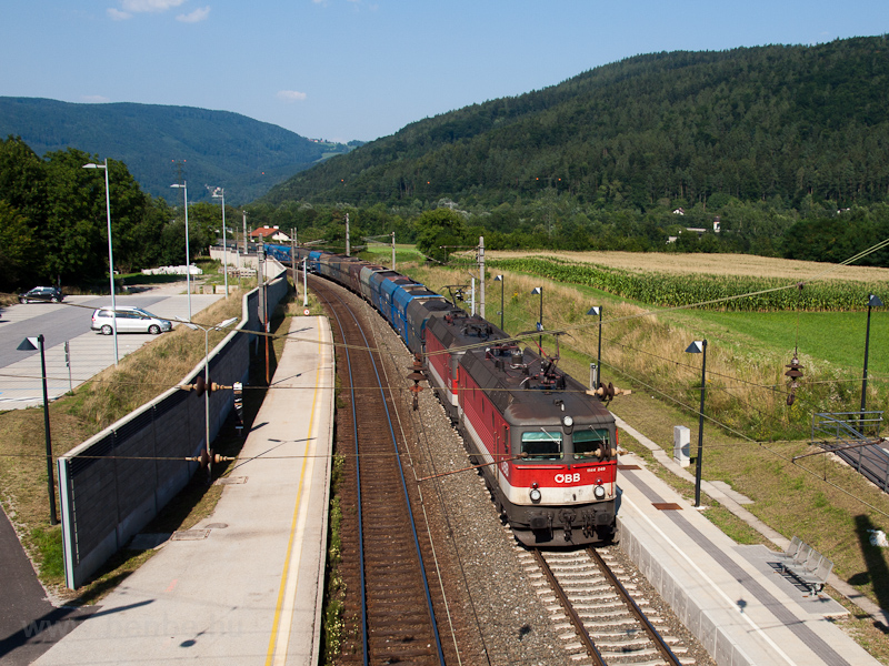 The ÖBB 1144 249 seen hauli picture