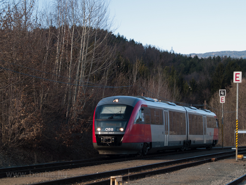 The ÖBB 5022 035-7 seen at  photo