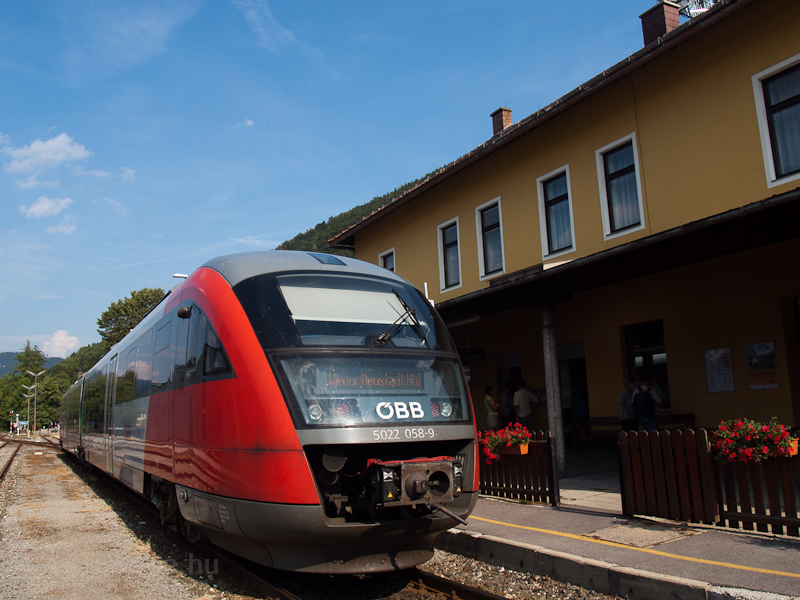 The ÖBB 5022 058-9 seen at  photo