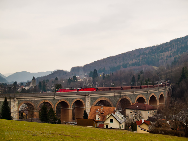 A freight train hauled by two locomotives on the Schwarza-Viadukt photo