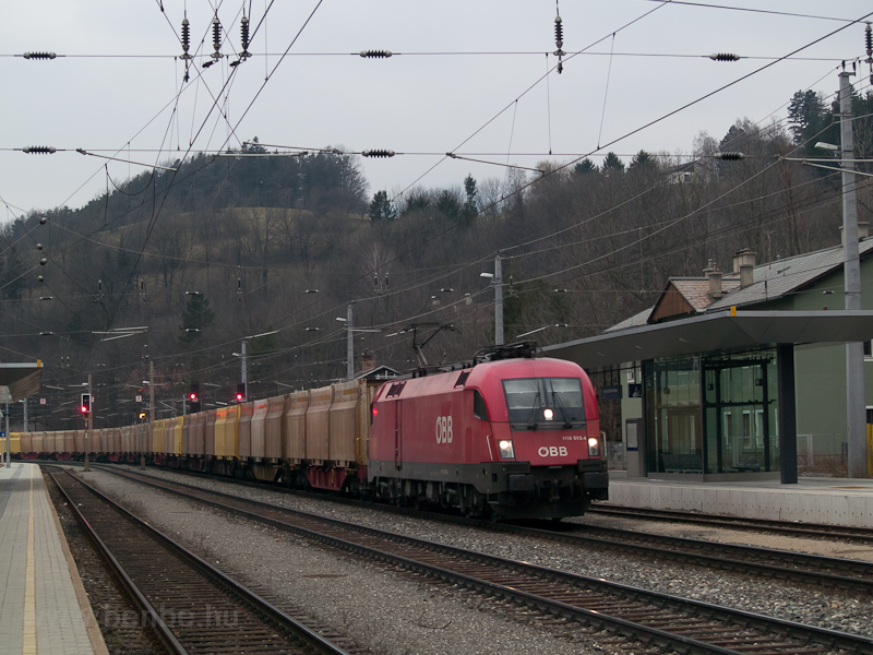The ÖBB 1116 093-4 seen at  photo