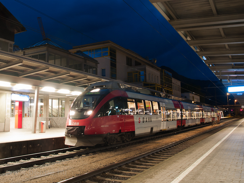 The ÖBB 4024 023-6 seen at  photo
