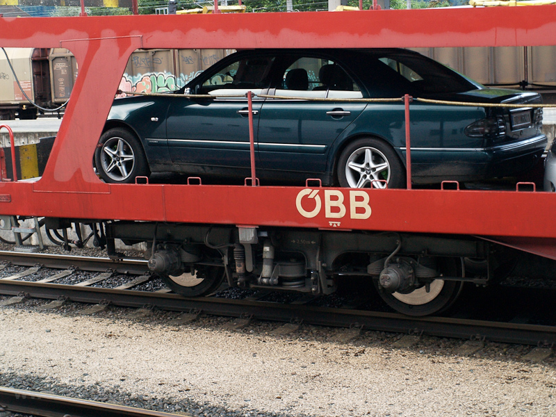 A car transporter car at Bl picture