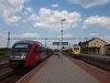 Az ÖBB 5022 044-9 és a GYSEV 415 502 Szentgotthárd állomáson