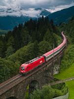 The ÖBB 1116 222-9 seen between Angertal and Bad Hofgastein Haltestelle on Pyrker-Viadukt