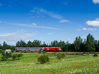 An ÖBB Rh 2016 Herkules is seen helping a GYSEV class 447 diesel multiple unit between Ágfalva and Sopron-Ipartelep