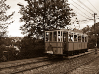 Historc tram on the line to Hűvösvölgy at Nagyhíd