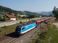 Az ÖBB 1215 234 Peggau-Deutschfeistritz és Stübing között a ČD Najbrt színeibe öltöztetve, de ÖBB railjet szerelvényt húzva
