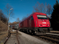 The ÖBB 2016 001 seen at Friedberg