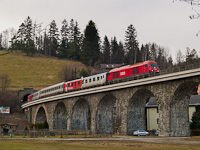 The ÖBB 2016 042 seen between Aspang Markt and Ausschlag-Zöbern on the Murtalviadukt