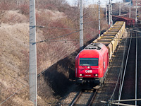 The ÖBB 2016 006 seen between Parndorf and Parndorf Ort