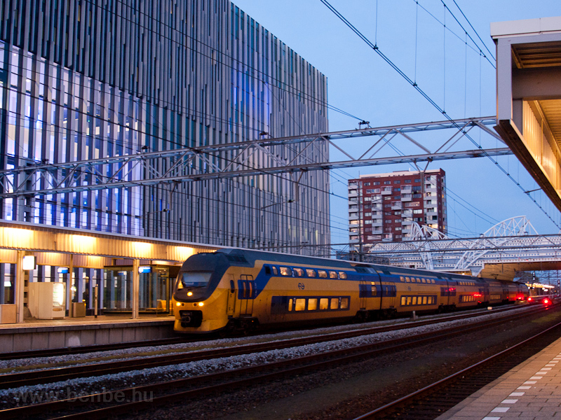 An NS VIRM seen at Leiden C picture