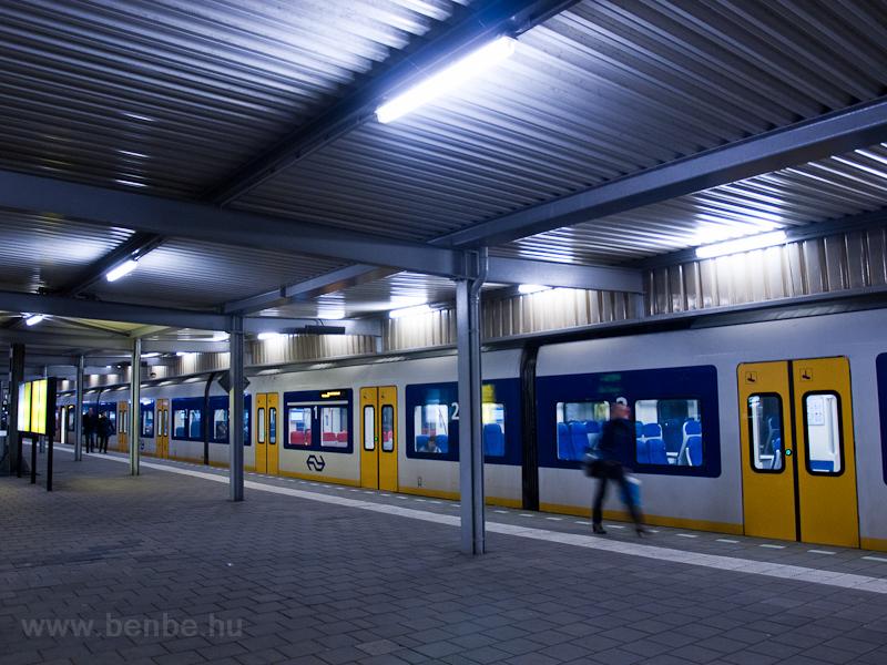NS SLT Leiden Centraal állo fotó