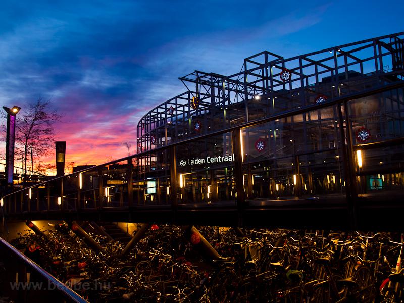 Leiden Centraal kerékpártár fotó
