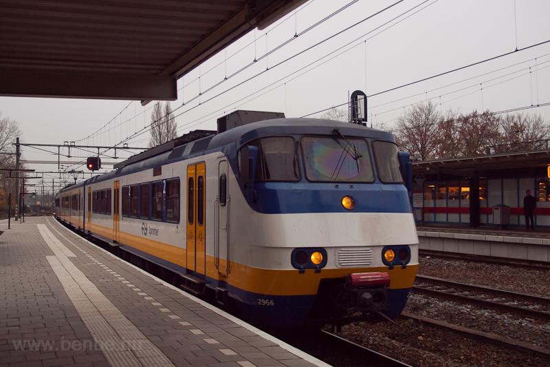 A three-part NS Sprinter tr photo