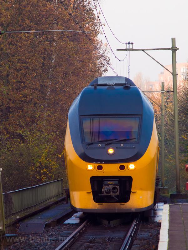 VIRM motorvonat Leiden Lamm fotó