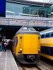 Egy NS Koploper motorvonat Utrecht Centraal állomáson