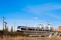 A Nederlandse Spoorwegen SLT (Sprinter Light Train) motorvonata Leiden és De Vink között