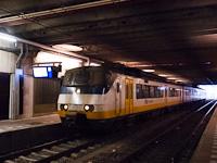 Egy NS Sprinter motorvonat Utrecht Centraal állomáson