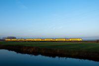 A Nederlandse Spoorwegen VIRM seen between Voorschoten and De Vink
