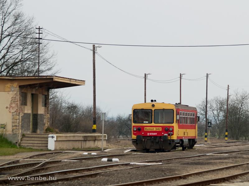 A MÁV-START Bzmot 342 Ipolytarnócon fotó