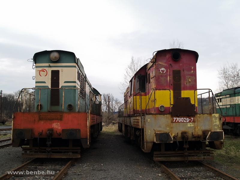 A ŽSCS 770 054-5 és a 770 029-6 Füleken fotó