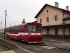 A hagyományos, felújítás utáni festésű ŽSSK 812 002-4 Füleken