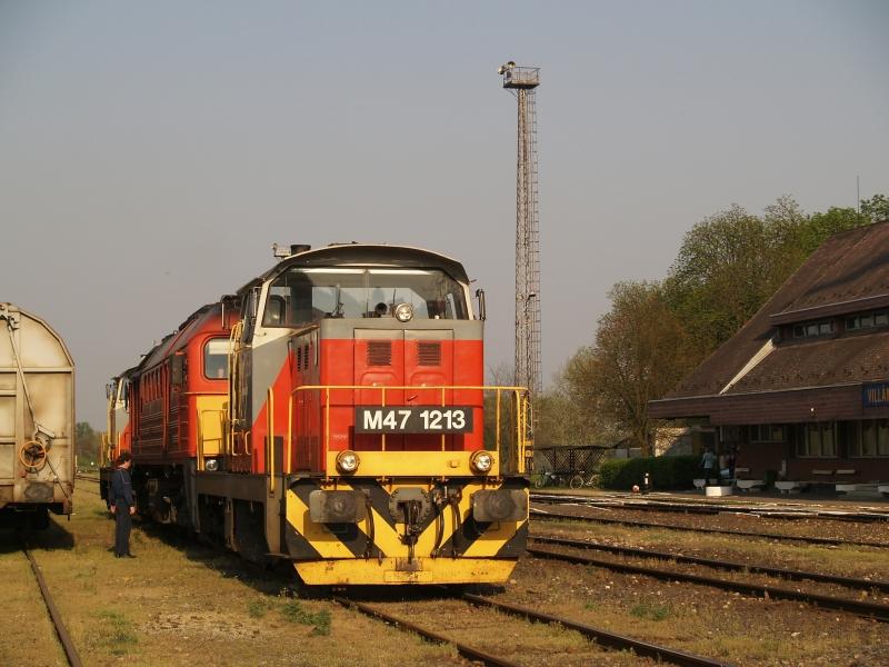 M47 1213 Villány állomáson fotó