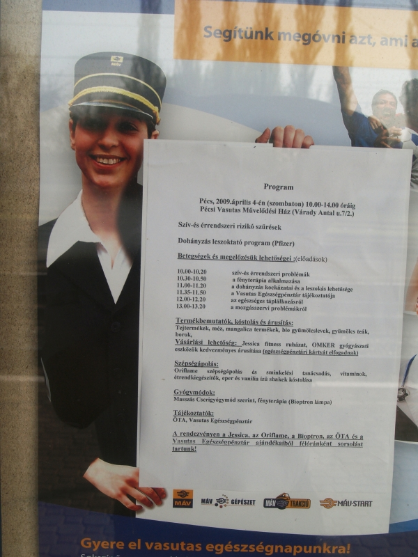 Sokak kedvenc plakátoslánya fotó