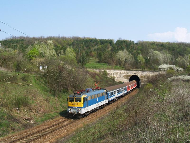 V43 3227 Abaligeten fotó
