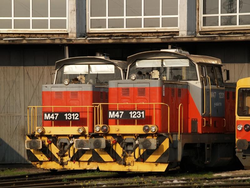M47 1312 és M47 1231 a székesfehérvári fűtőházban fotó