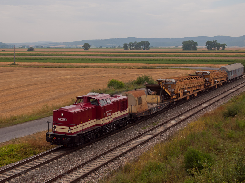 The ŽSR 745 608-0 seen picture