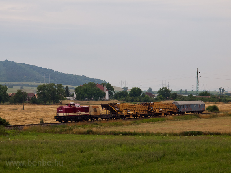 The ŽSR 745 608-0 seen photo