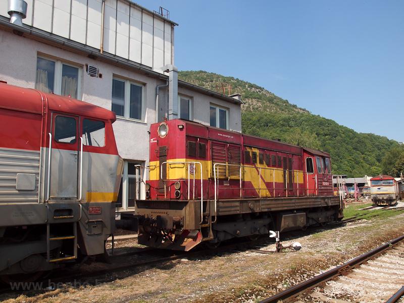 A ŽSSKC 742 182-9 Pelsőcz állomáson fotó