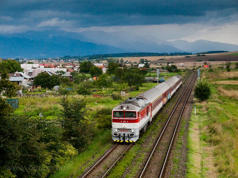 Az ŽSSK 757 003-9 Kostyán és Nagyrákó-Pribóc között fotó