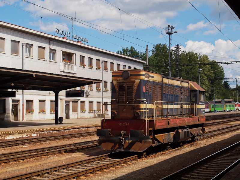 A ŽSSKC 721 027-1 Zólyom állomáson fotó