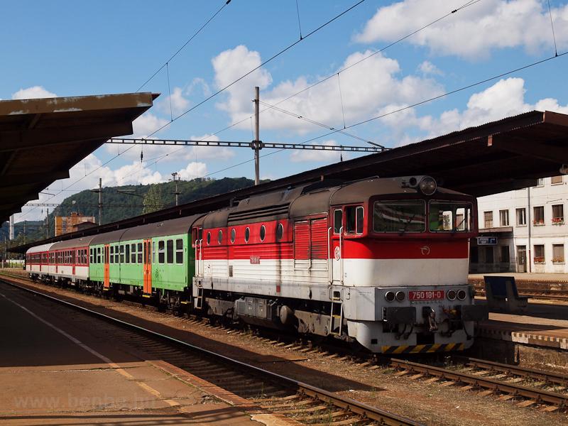 A ŽSSK 750 181-0 Zólyom állomáson fotó