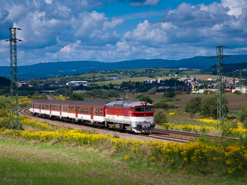 The ŽSSK 754 071-9 seen between Zvolen-Bučina megálló and Výhybňa Slatinka photo